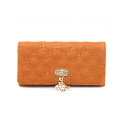 Dámska peňaženka s príveskom hnedá
