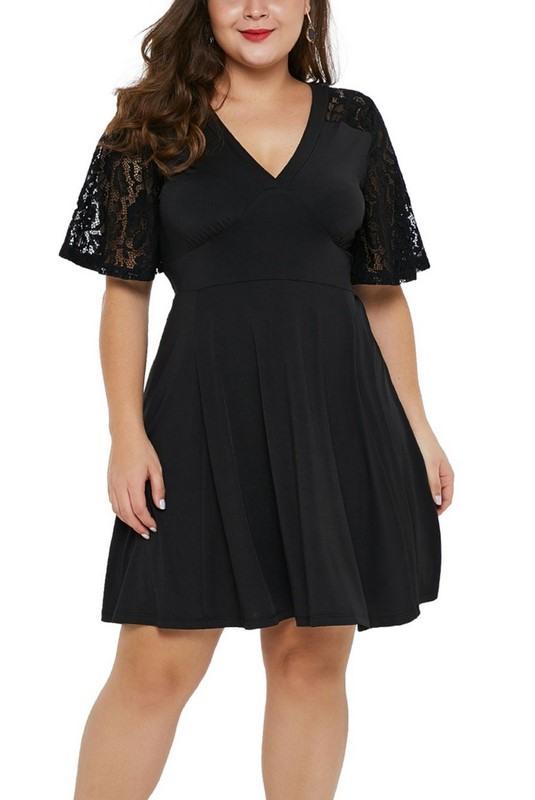 Dámske čierne plus size mini šaty Carmela
