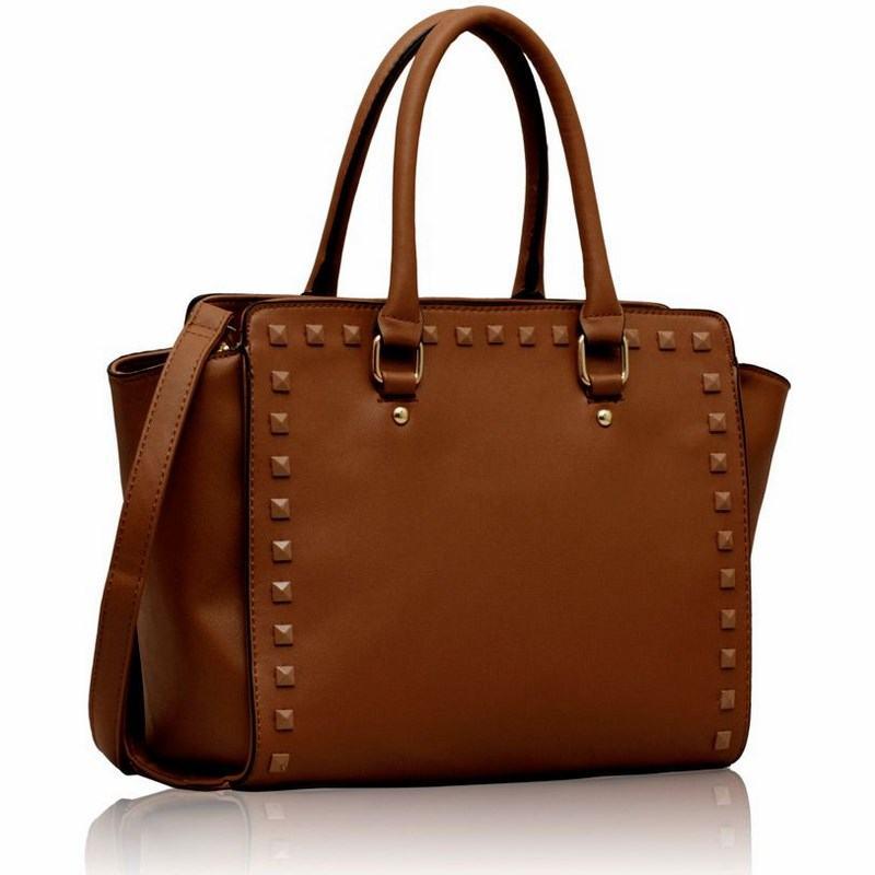 Dámska vybíjaná kabelka hnedá